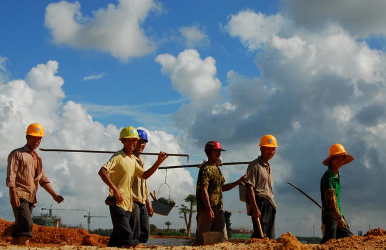 十部门发布建筑领域农民工工资专用账户管理办法缩略图